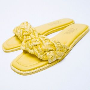 Zara WOVEN RAFFIA FLAT BRAIDED SANDALS YELLOW NEW